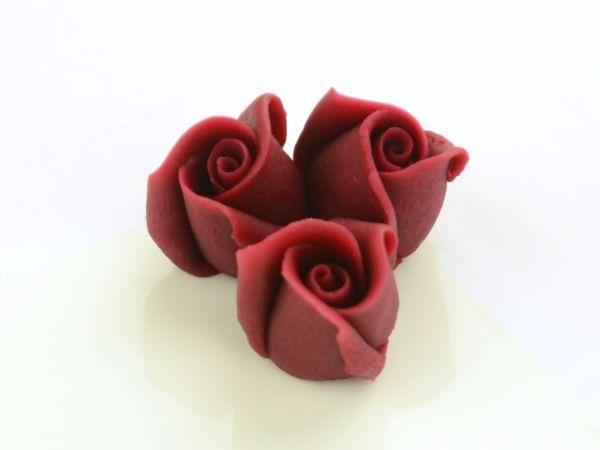 Marzipan-Rosen klein bordeaux 36 Stück