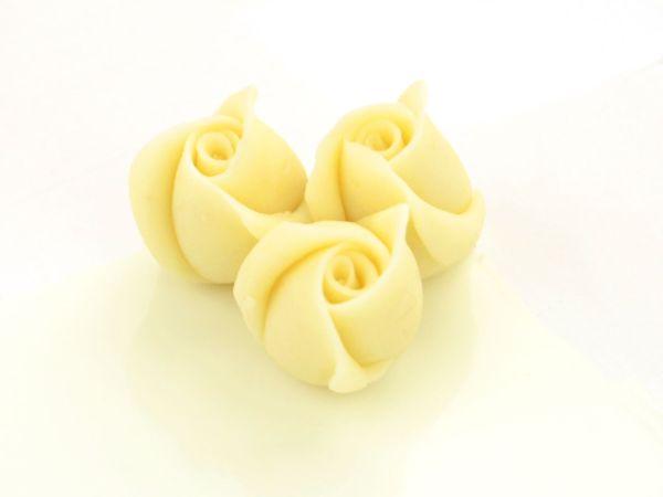 Marzipan-Rosen klein weiß 4 Stück