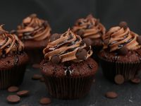 Chocolate Lover's Cupcakes 355g