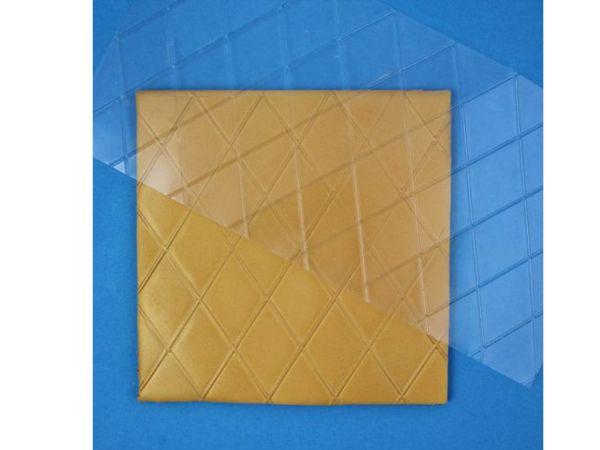 PME Prägematte Diamanten-Rauten Groß, 15x30,5cm, Raute 5x3,5cm